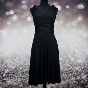Scarlett Black Midi Scrunch Waist Dress